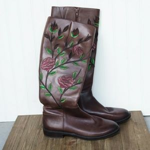 Brown boots with flowers